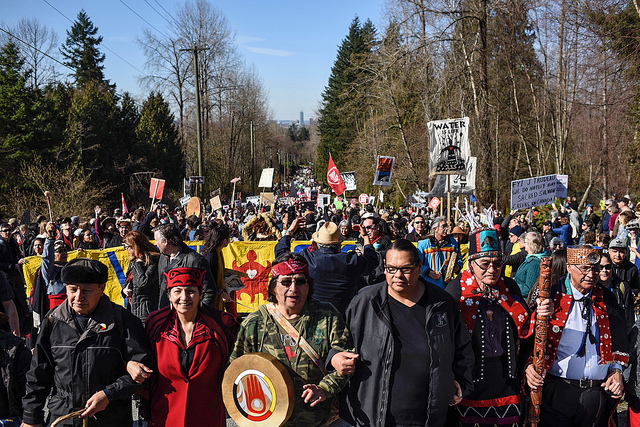 """""""We will never give up!"""" Thousands protest Kinder Morgan's pipeline and tanker project"""